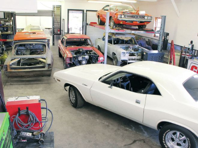 The Garage At SharaDon Performance In Hugo Minnesota